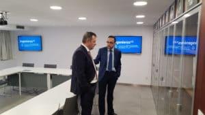Ángel Ortiz con Javier Escribano en la sede de ingenierosVA