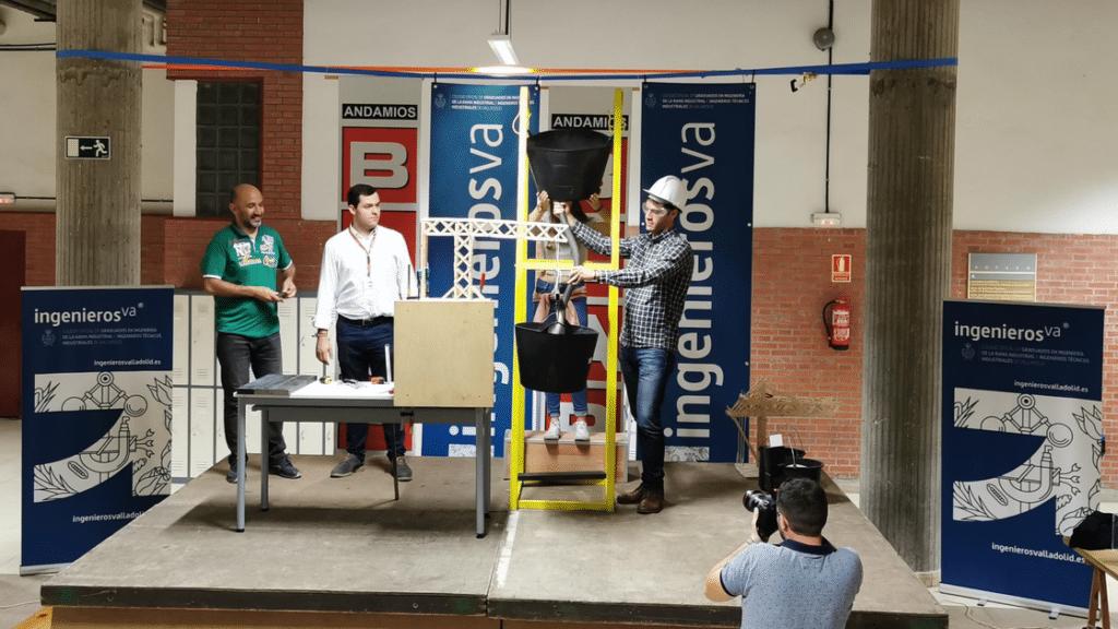V Concurso de Gruas ingenierosVA - proceso carga