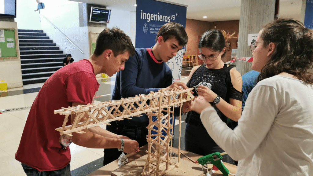 V Concurso de Gruas - ingenierosVA - proceso de carga