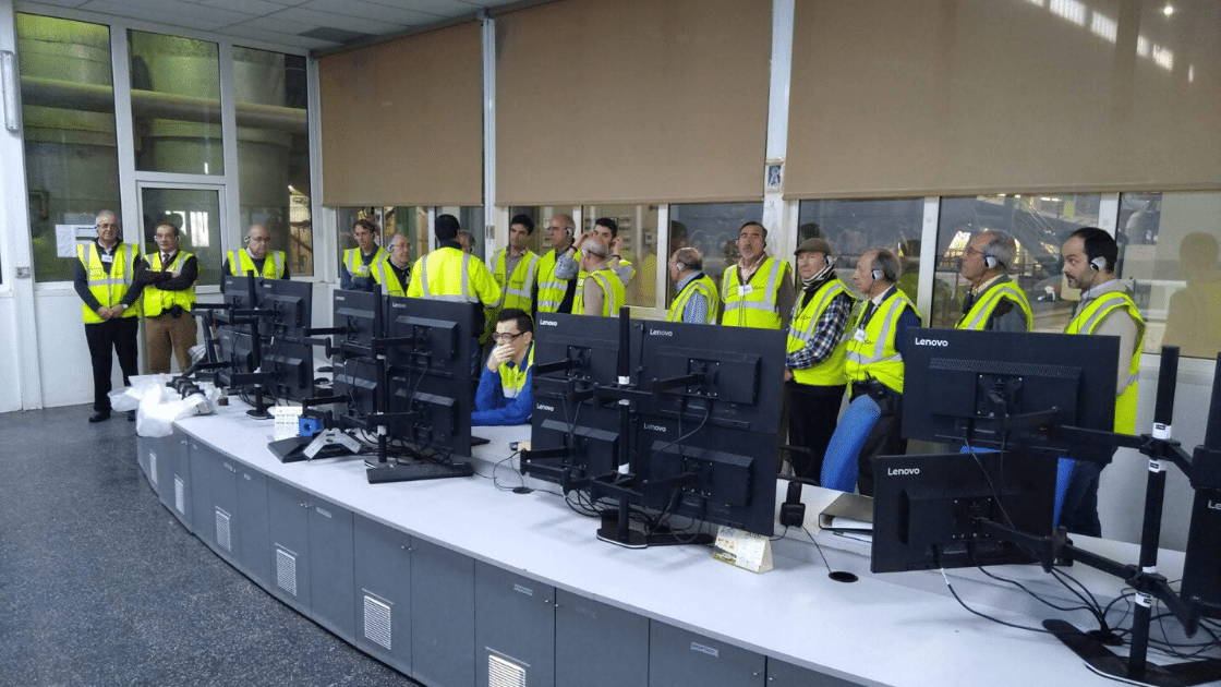 visita de ingenieosVA a la planta de Acor en Olmedo