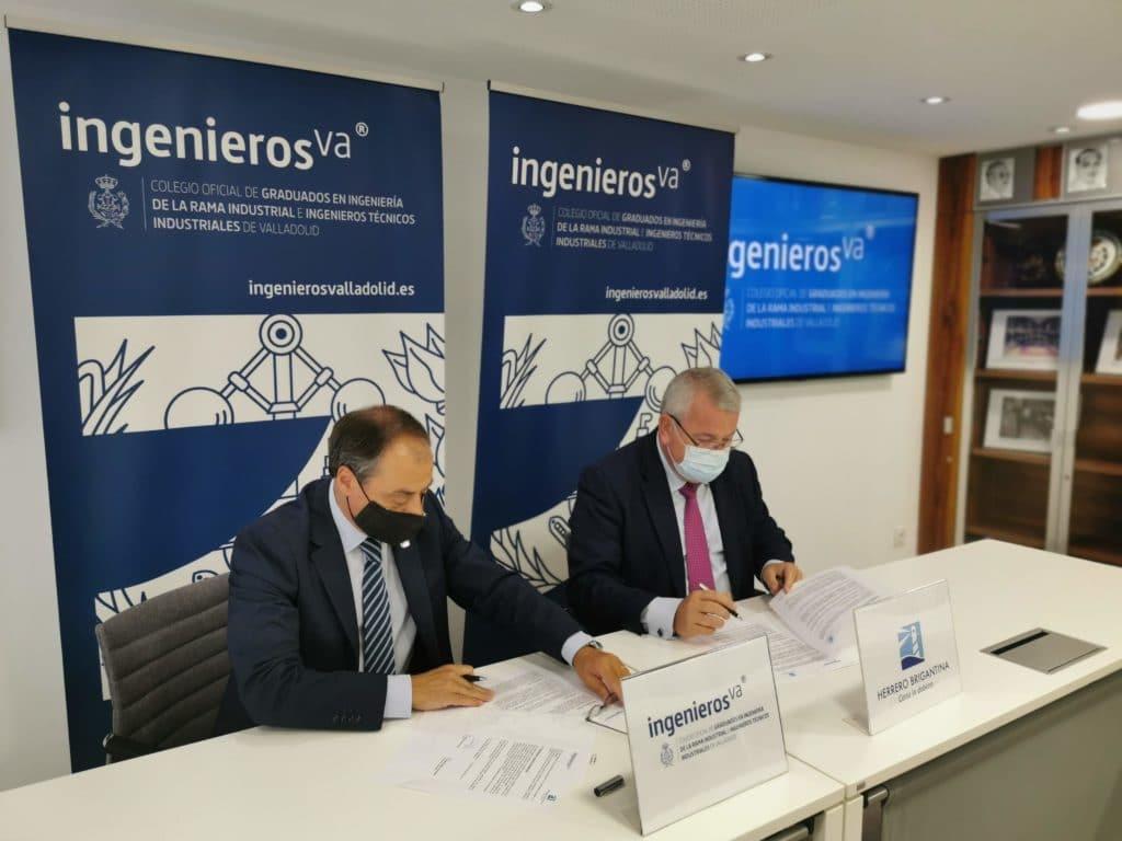 Firma de convenio entre Herrero Brigantina e ingenierosVA
