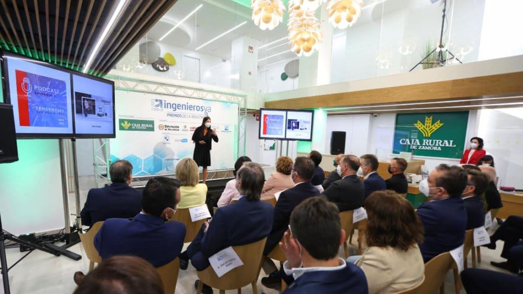 Silvia Leal IV Premios de la Industria de ingenierosVA